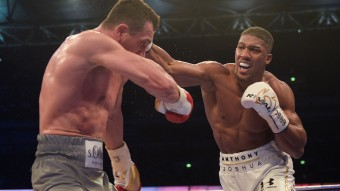 Anthony Joshua (r.) bezwang Wladimir Klitschko in Runde 11 © picture alliance